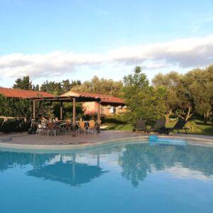 sardinie verblijf met zwembad
